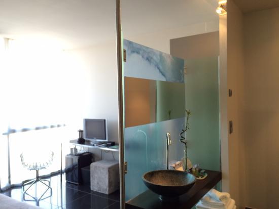 Zimmer 301 bild von hotel les bains douches toulouse for Les bains douches hotel