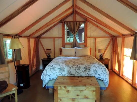 Fernwood Resort: Romantic Glamping!