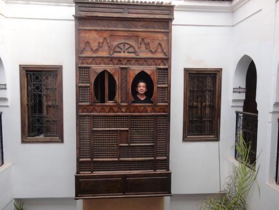 Riad Nerja: Balcon de la habitacion al patio interior