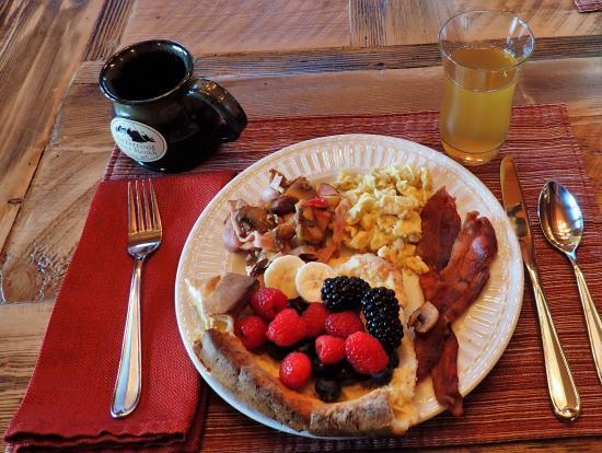 Bitterroot River Ranch B&B: breakfast