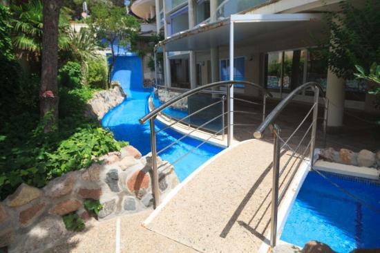 Font de Mar: zona de piscina para niños