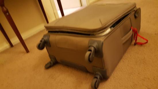 Grand Hotel Balbi: Rompieron el sierre y robaron cosas de adentro