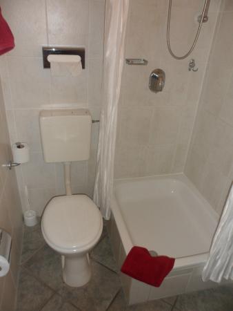Hotel Tagungshaus Tiergarten: il bagno