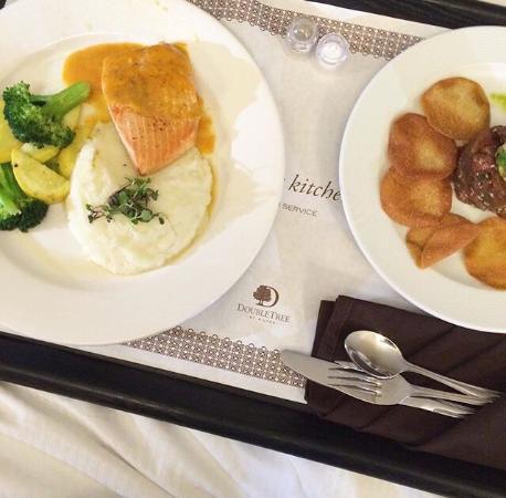 DoubleTree by Hilton Hotel Monrovia - Pasadena Area: photo0.jpg