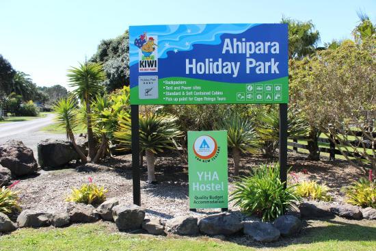 Ahipara Holiday Park: Entrance