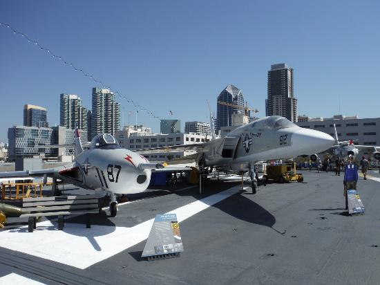 Picture Of Uss Midway Museum San Diego