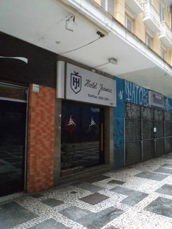Sao Paulo, Brasil, Hotel Joamar. Entrada que apenas se nota.
