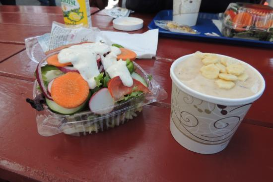 South Freeport, ME: salad and chowder