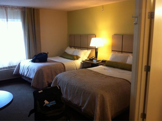 紐波特/約克敦燭木套房飯店照片