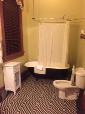 Washington, GA: Bathroom