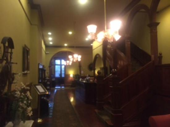 The Fitzpatrick Hotel: Lobby