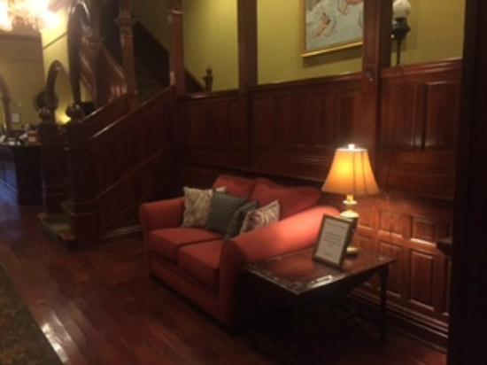 The Fitzpatrick Hotel: Lobby 2