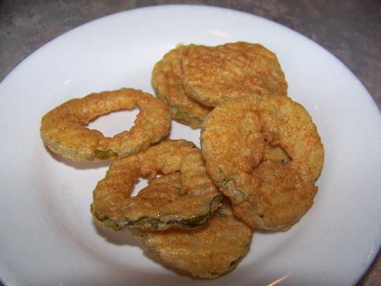13 Bones : Fried Pickles