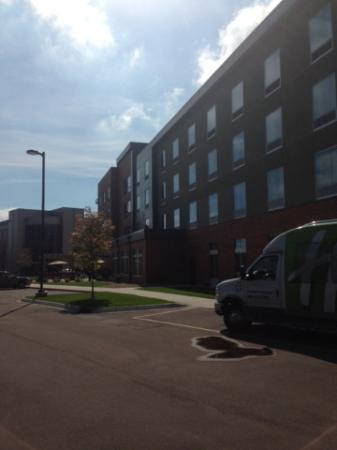 Holiday Inn Express & Suites Madison Central: View of the back of the hotel and guest shuttle