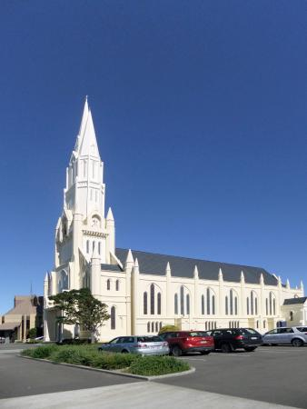 ‪Cathedral of the Holy Spirit‬