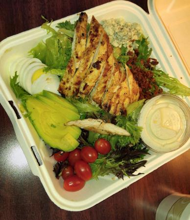 The Roundabout Diner & Lounge: This salad was the bomb!!