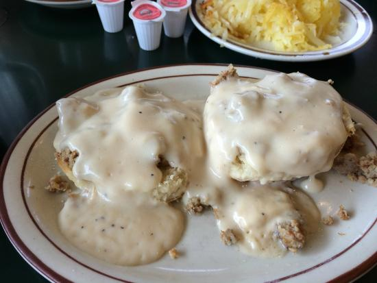 Granny's Restaurant: Yummy biscuits and gravy - and notice the buttery hash browns in the background.