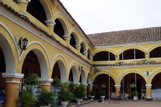 Colegio Nacional Pinillos