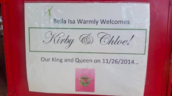 Bella Isa Salon and Spa: WE literally felt like King & Queen