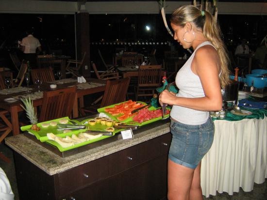 Dorisol Porto de Galinhas: A magrinha só na frutinha!!!