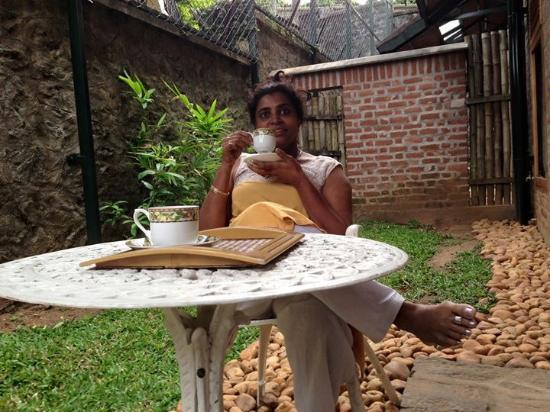 Wildernest Bed & Breakfast : To read , to relax n for a hot cuppa