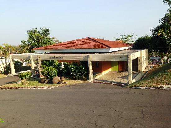 Patra Semarang Convention Hotel: Villa