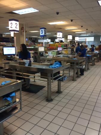 WCTC Shopping Center: Blick