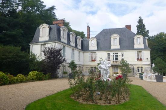 Inmitten Einer Parkanlage Picture Of Chateau De Beaulieu