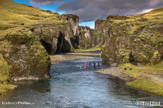 Vogar, Islândia: Fjaðrárgljúfur. - Just arrived home from one of my Autumn Photo Workshop tours