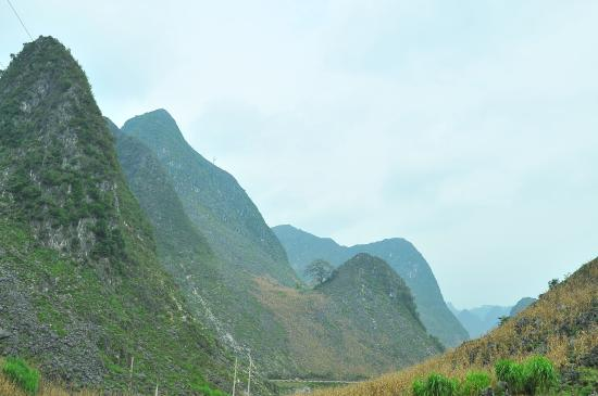 Vietnam Awesome Travel - Day Tours: Dong Van - Meo Vac - Bao Lac