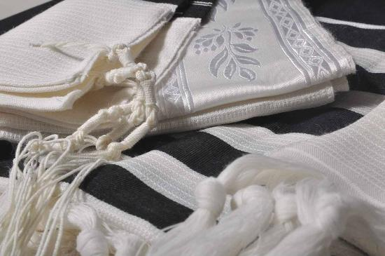 Gabrieli Tallit and Art