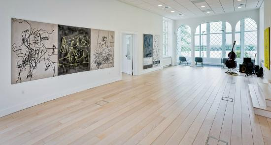 Gallery DGV