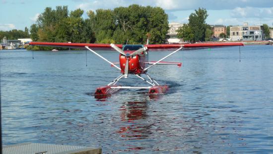 Air Service Berlin Tours: Rundflug mit dem Wasserflugzeug 1