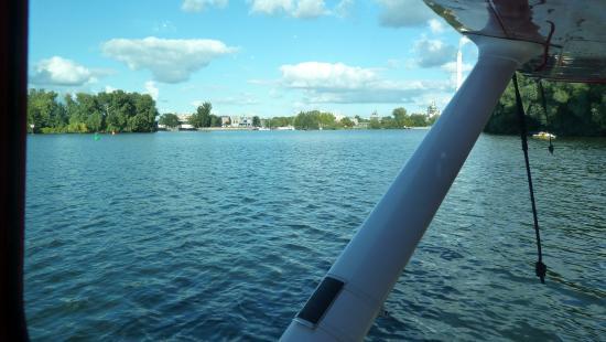 Air Service Berlin Tours: Rundflug mit dem Wasserflugzeug 2