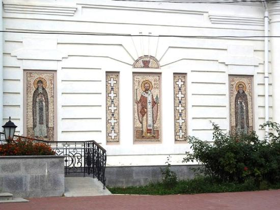 ‪Church of Peter and Pavel‬