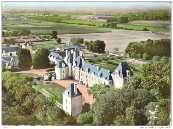 Vernantes, France : Chateau de Jalesnes - Former home to the Marquises de Jalesnes