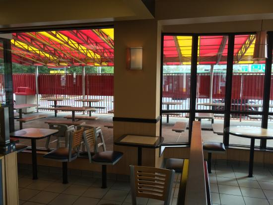 Looking out at the outside dining patio mcdonalds glasgow picture mcdonalds looking out at the outside dining patio mcdonalds glasgow sxxofo
