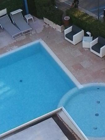 Hotel Bella Venezia Mare: piscina e privacy