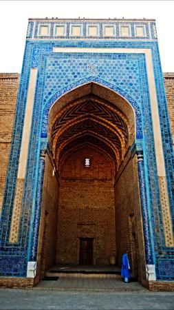 Termiz, Ουζμπεκιστάν: Султан Саодат