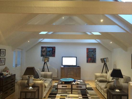 The Sail Lofts : Living room area