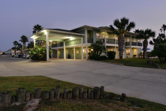 "Island Hotel Port Aransas: ""Hotel Exterior"""
