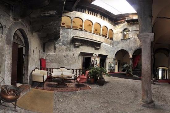 Interno del castello piano terra foto di castel toblino for Apri le foto del piano