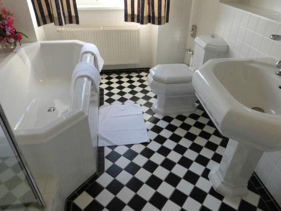 Park Hotel Schloss Rattey : Badezimmer
