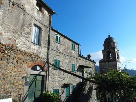 La Sosta di Ottone III : A luxurious hotel hidden inside this stoney building.