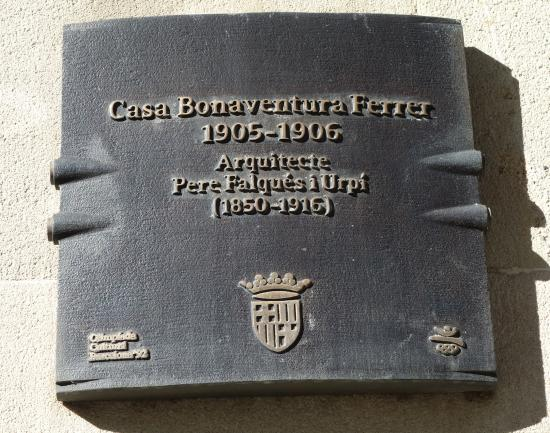 El Palauet Living Barcelona: памятная доска