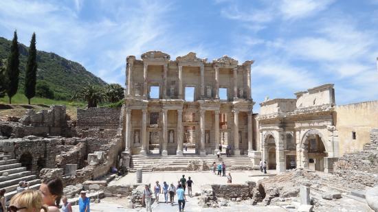 Biblioteka - Picture of Efes Antik Kenti Tiyatrosu, Selcuk ...