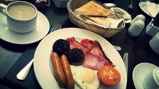 Maples House Hotel: ирландский завтрак