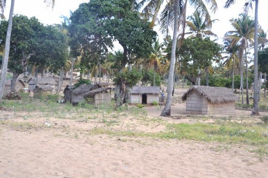 Barra Beach: Village