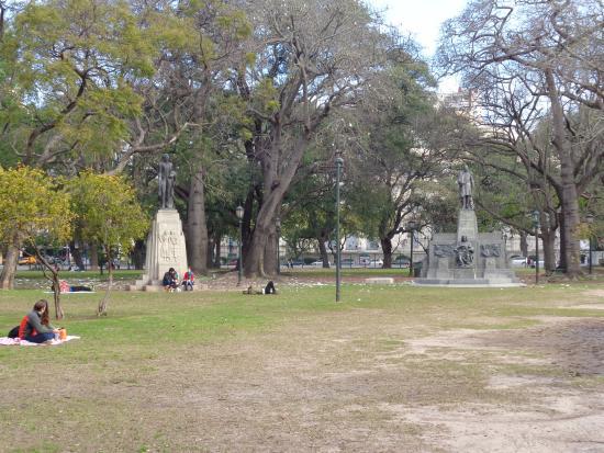 Monumento a Alejandro Aguado