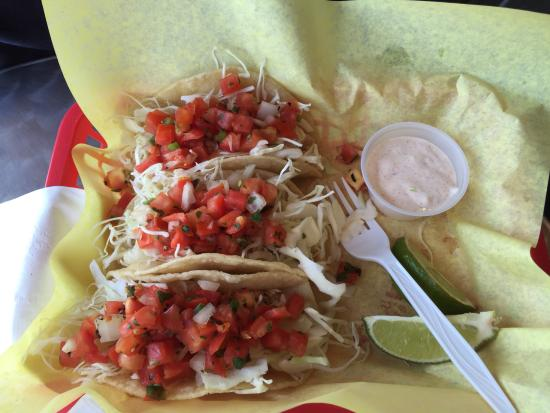 Tony's Crab Shack : Fish tacos with very fresh grilled fish